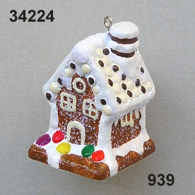Poly Gingerbread house